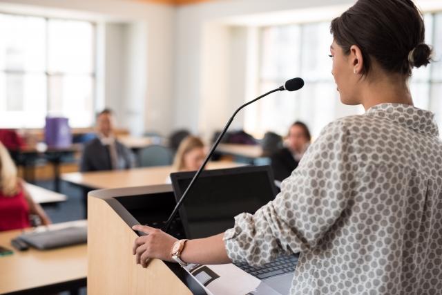 プレゼンテーションはできるビジネスマンの必須スキル!成功させるために大事なこと総まとめ
